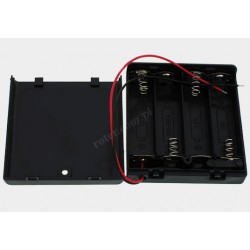 Pojemnik na baterie 4*R6 z pokrywą